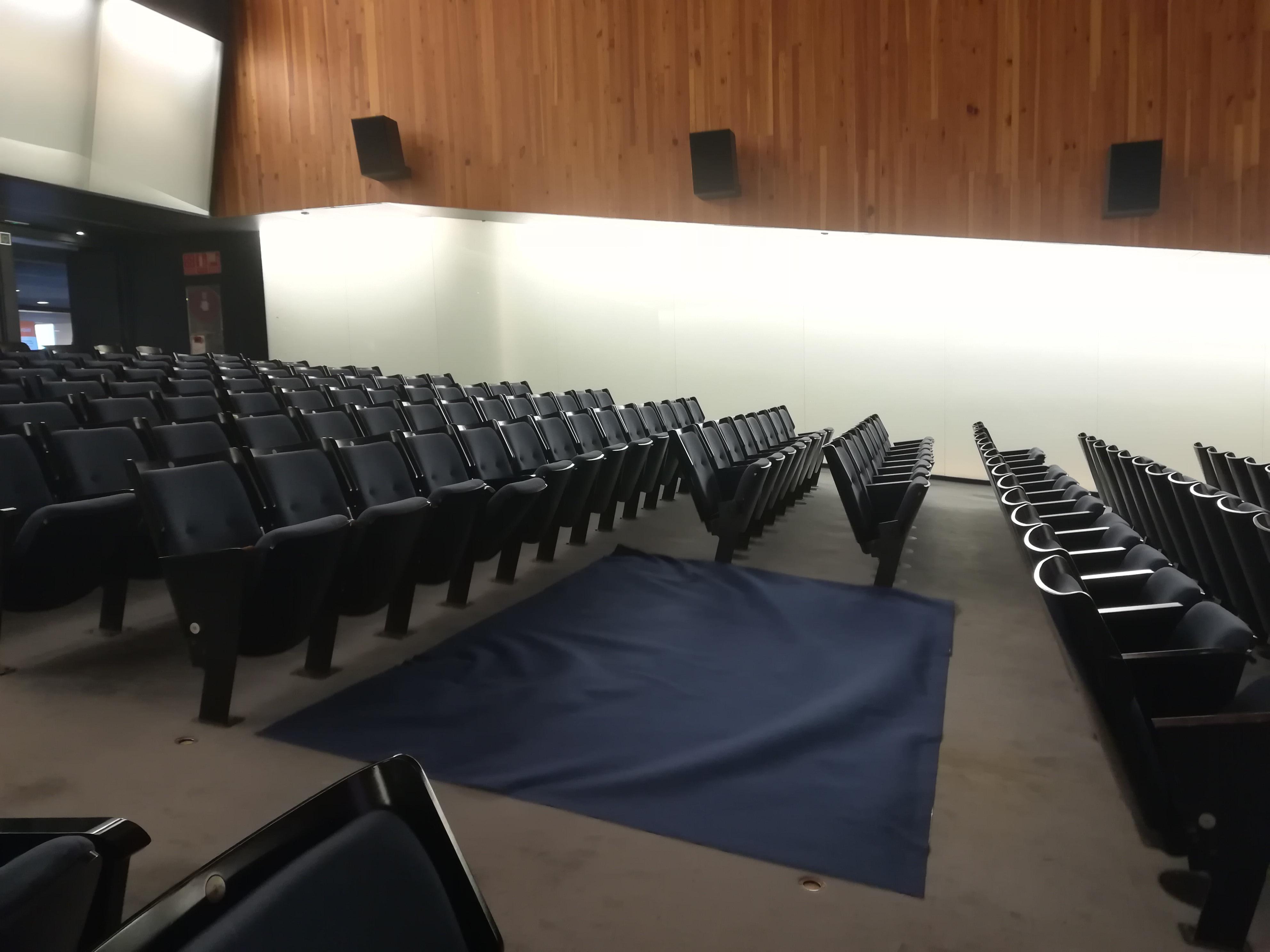 L'Ajuntament de Peníscola denúncia 'l'abandó' del Palau de Congressos per part de la Conselleria de Cultura