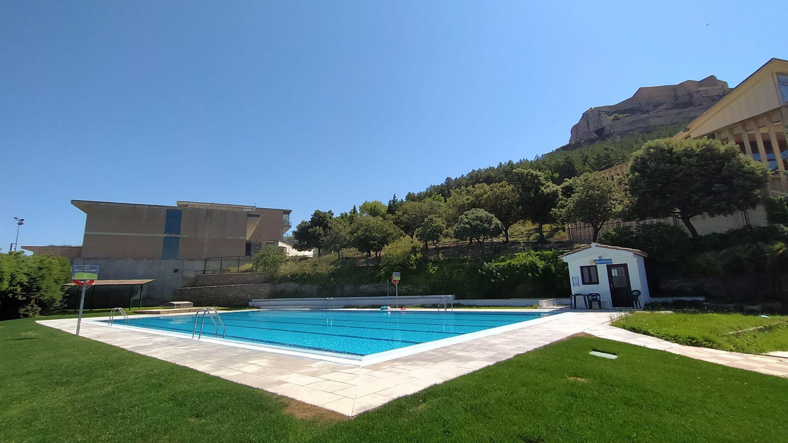 Morella obre les piscines demà
