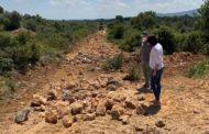 Reprenen la reparació de camins rurals a Canet lo Roig