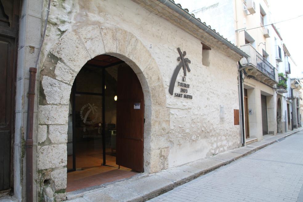 Sant Mateu reobri la majoria dels serveis turístics