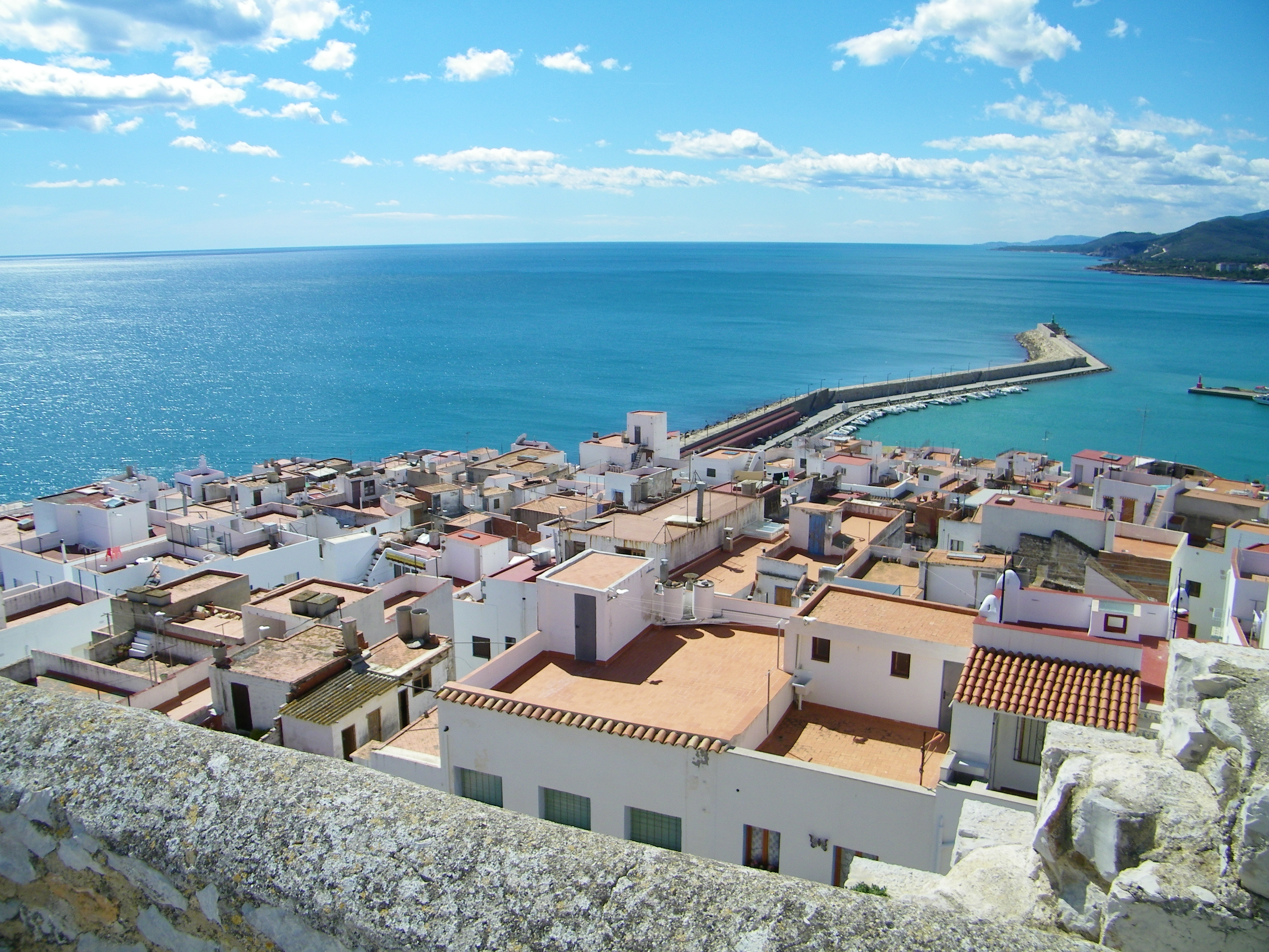 L'Associació dels Pobles més Bonics fa una crida per a convidar als viatgers a visitar les seues 94 belles localitats