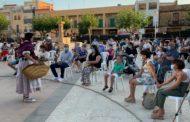 Ruth Sanz assisteix a la representació de 'El dolçainer de Tales' a Traiguera