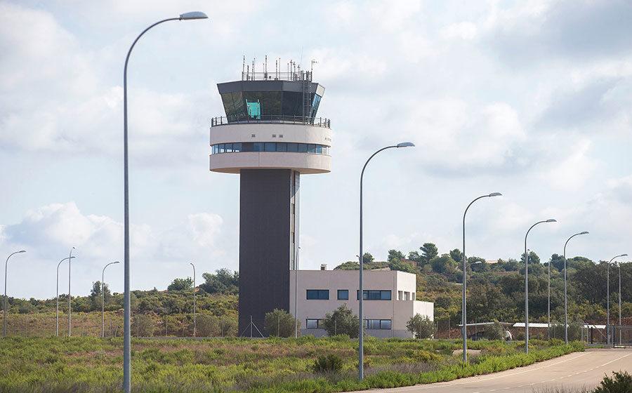 L'aeroport de Castelló dona al personal sanitari 25 bons canviables per bitllets per a la nova ruta a Bilbao