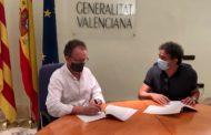 Alcalà-Alcossebre i Turisme CV signen el conveni perquè el CESAL d'Alcossebre siga l'extensió del CdT