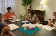 La Diputació estudiarà fórmules per a ajudar a les farmàcies rurals de la província