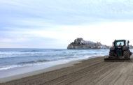 Peníscola ha destinat 2500 hores a la neteja i desinfecció de les platges aquest juliol