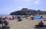 Les platges de Peníscola es mantenen a l'agost per davall del 50% del aforament màxim