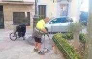 Alcanar incorpora dos treballadors per a reforçar la neteja viària del municipi