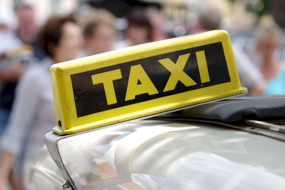 Santa Magdalena torna a posar en marxa el servei de taxi amb finalitats mèdiques