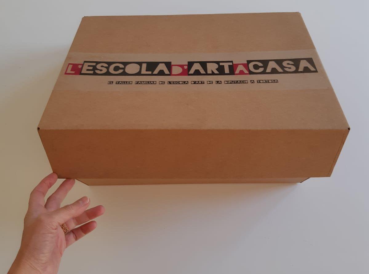 L'Escola d'Art de la Diputació a Tortosa programa un taller familiar en format virtual