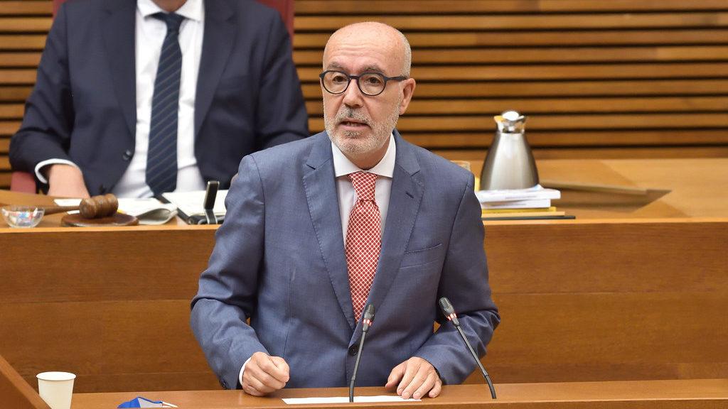 """El PP acusa la conselleraPascualde """"romandre de braços plegats"""" davant l'expansió de laCoviden les universitats"""