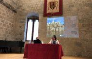 Peníscola descobreix els detalls de la rehabilitació del castell en una conferència de Pepa Balaguer