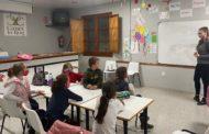 L'Ajuntament de Canet lo Roig promou les classes d'anglés per a l'alumnat del municipi
