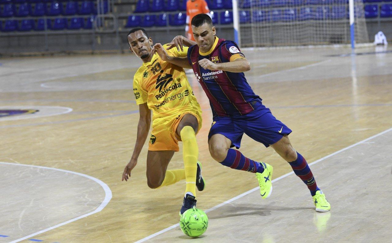 El Peníscola Globeenergy assalta el Palau Blaugrana en el debut de lliga (3-4)