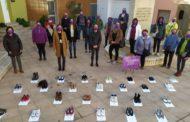 Canet lo Roig honra a les víctimes de la violència masclista amb un acte reivindicatiu