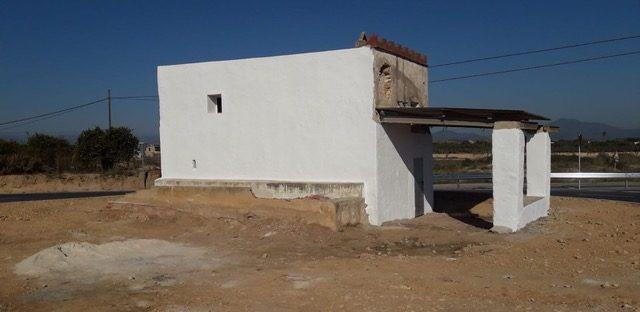 L'àrea d'Obres i Serveis de l'Ajuntament de Vinaròs millora la zona del carril lúdic