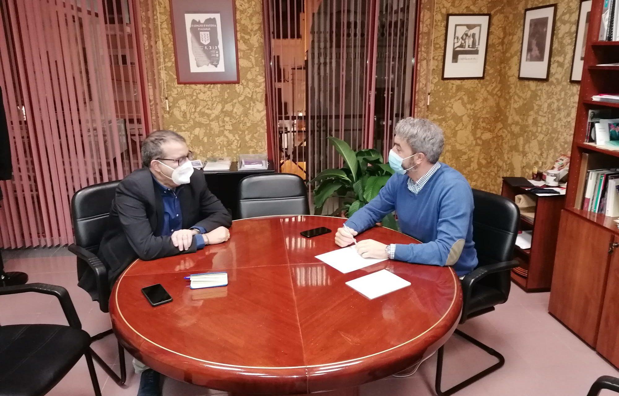 L'Ajuntament i la Càtedra d'Economia de la Rovira i Virgili impulsaran un pla de recuperació econòmica d'Alcanar