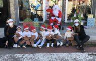 El Pare Noel visita el col·legi públic i la Ludoteca de Santa Magdalena