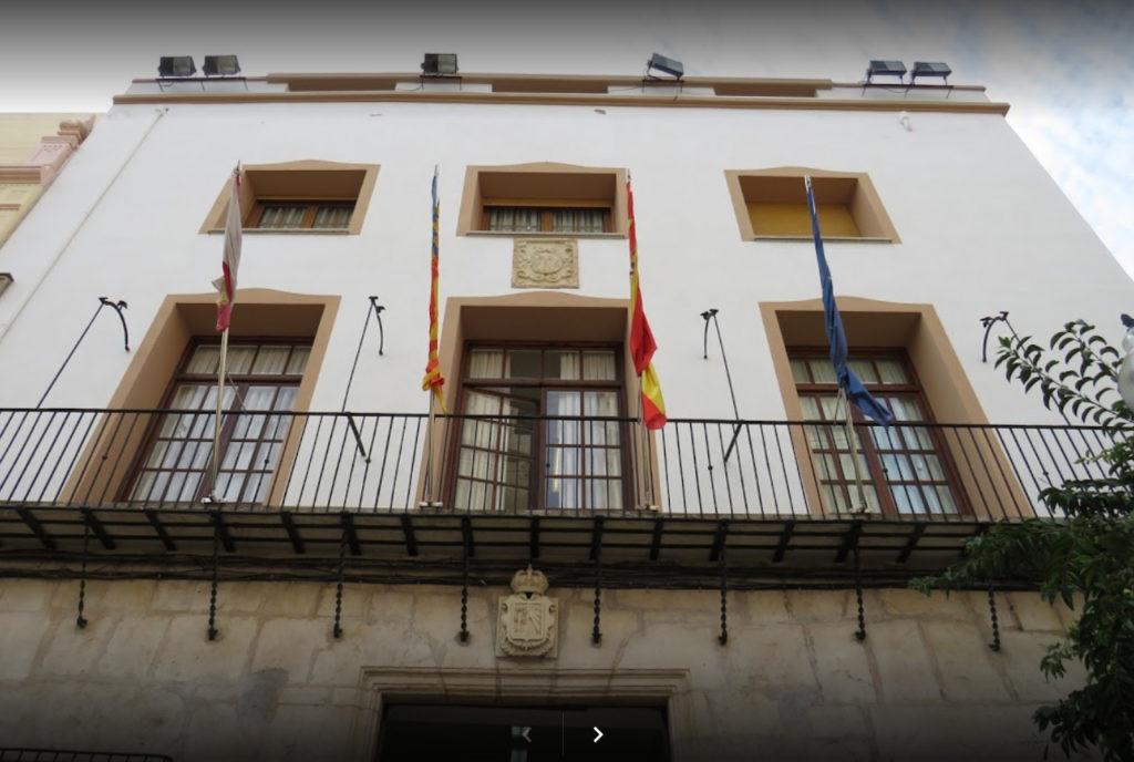 L'Ajuntament de Vinaròs aprova noves restriccions davant l'augment de casos de la Covid-19