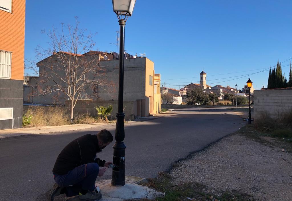 Santa Magdalena contracta a un electricista a través del programaEMPUJU