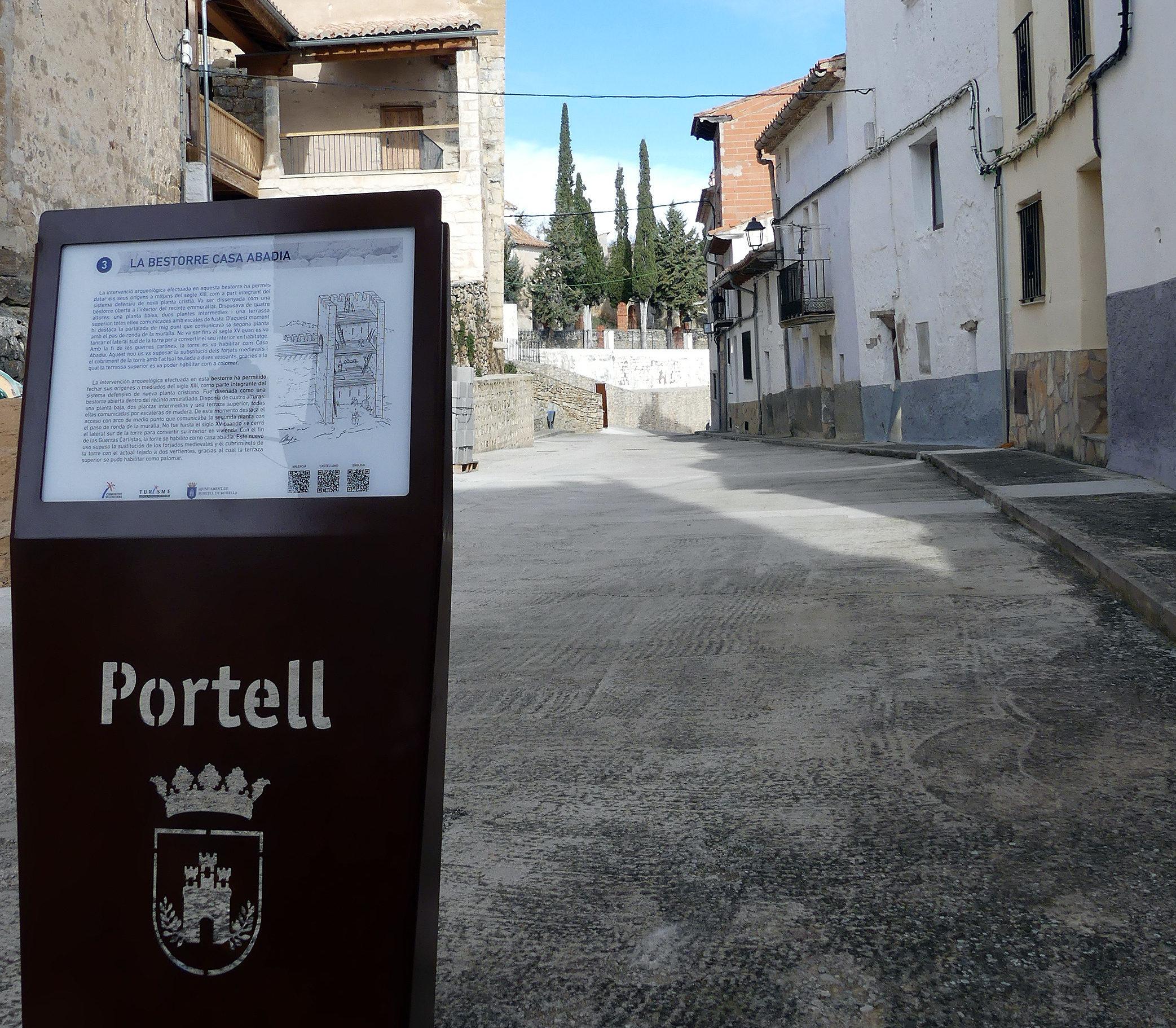 Portell instal·la audioguies que potencien l'encant de les torres i muralles de l'edat mitjana
