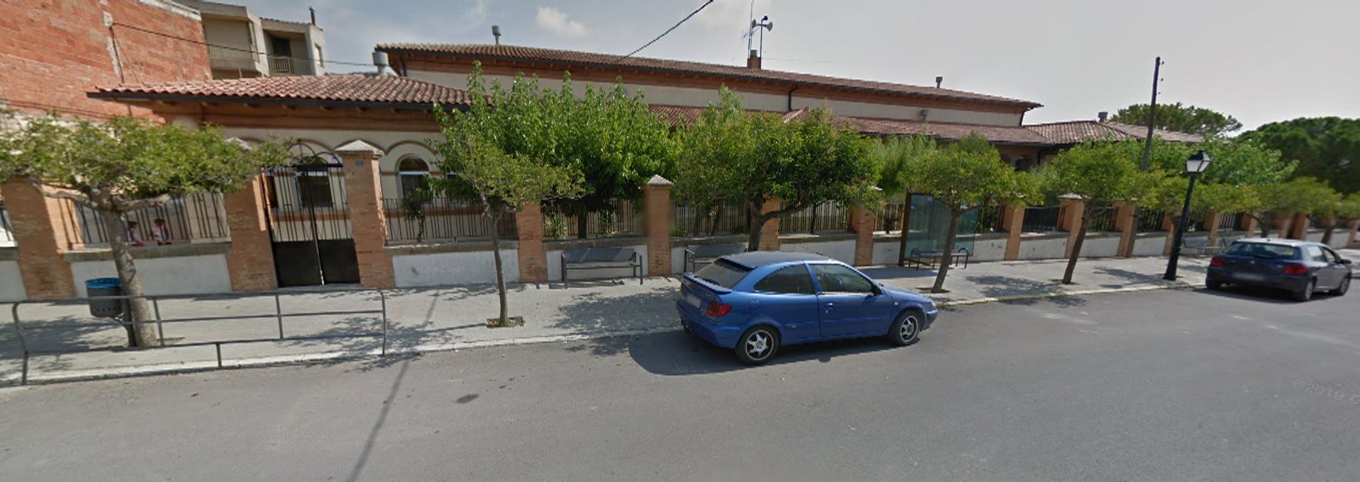 La conselleria de Marzà segueix sense donar resposta a les 'goteres' del col·legi de Xert