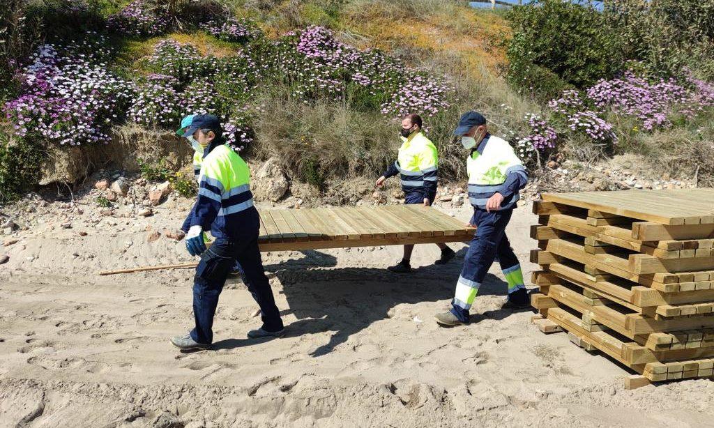 Alcalà-Alcossebre condiciona accessos, instal·lacions i intensifica desinfeccions en platges