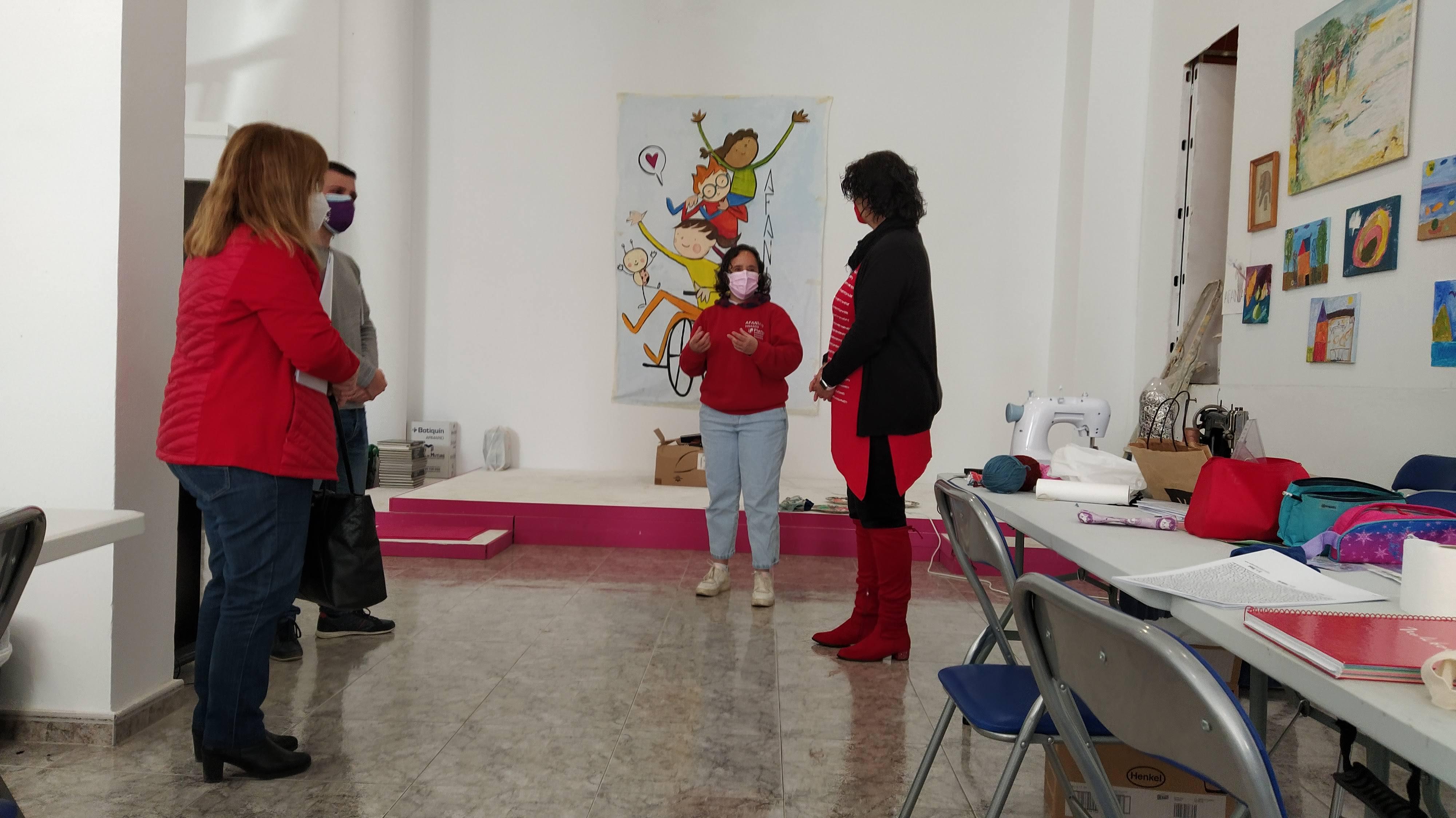 La diputada provincial de Benestar Social visita Afaniad Vinaròs