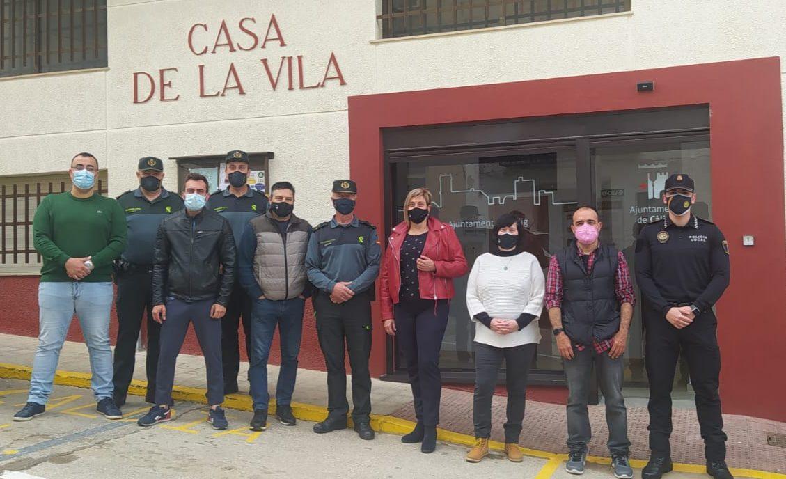 Càlig reconeix el treball de Ginés Parra, capità de la Guàrdia Civil del Puesto de Benicarló-Càlig