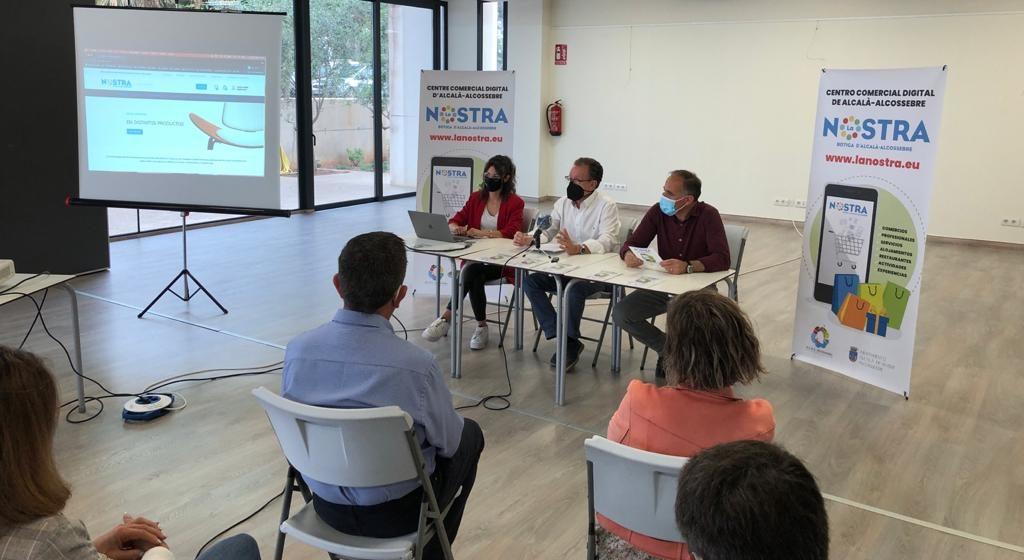 El centre comercial digital 'La Nostra Botiga' d'Alcalà-Alcossebre entra en funcionament