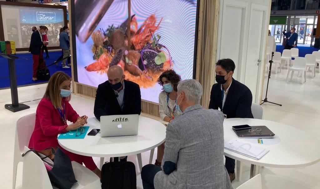 Benicarló manté diverses reunions a Fitur per a la implementació de noves tecnologies