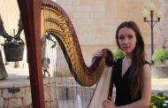 L'arpista, Mar AnglésLluch, oferirà un recital a l'Auditori de Santa Magdalena