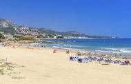 Alcalà-Alcossebre renova les cinc banderes blaves per a les seues platges i sender litoral