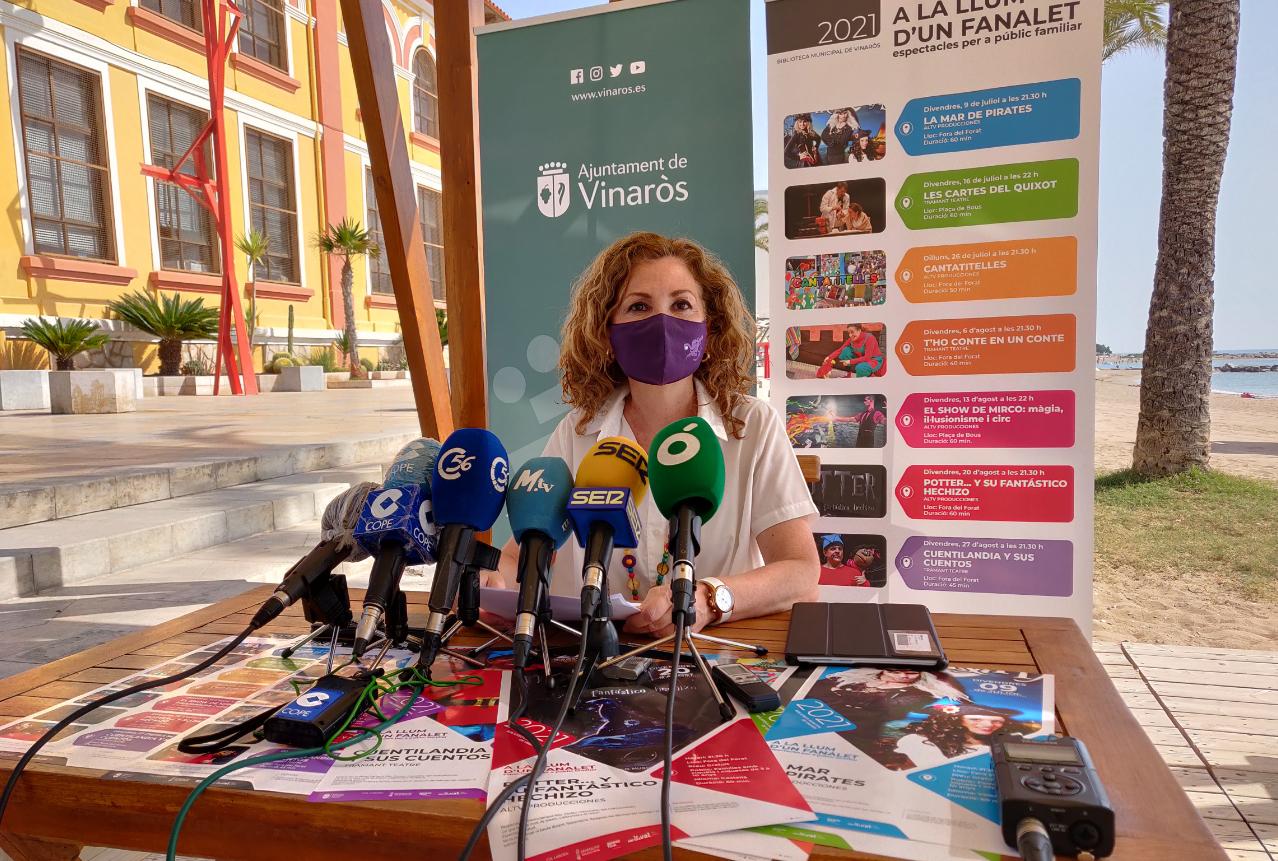 La Regidoria de Cultura de Vinaròs recupera el servei de la Biblioplatja a la platja del Fortí