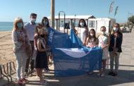 Hissada de la bandera blava a la platja de La Caracola de Benicarló 25-06-2021
