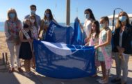 Les banderes blaves ja onegen a les platges delMorrongoi laCaracolade Benicarló