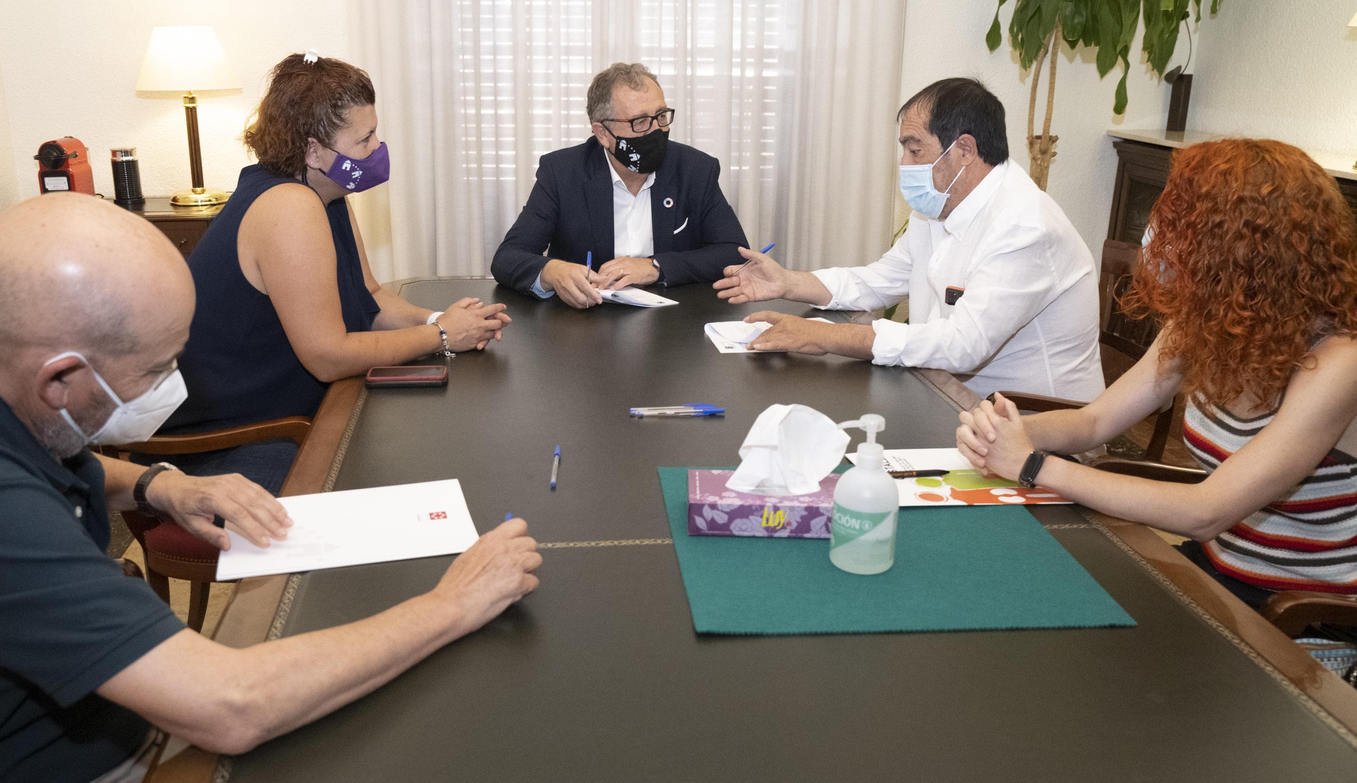 La Diputació recolza amb 15 mil euros el treball d'Alcer-Castàliaen l'atenció a persones amb malalties renals