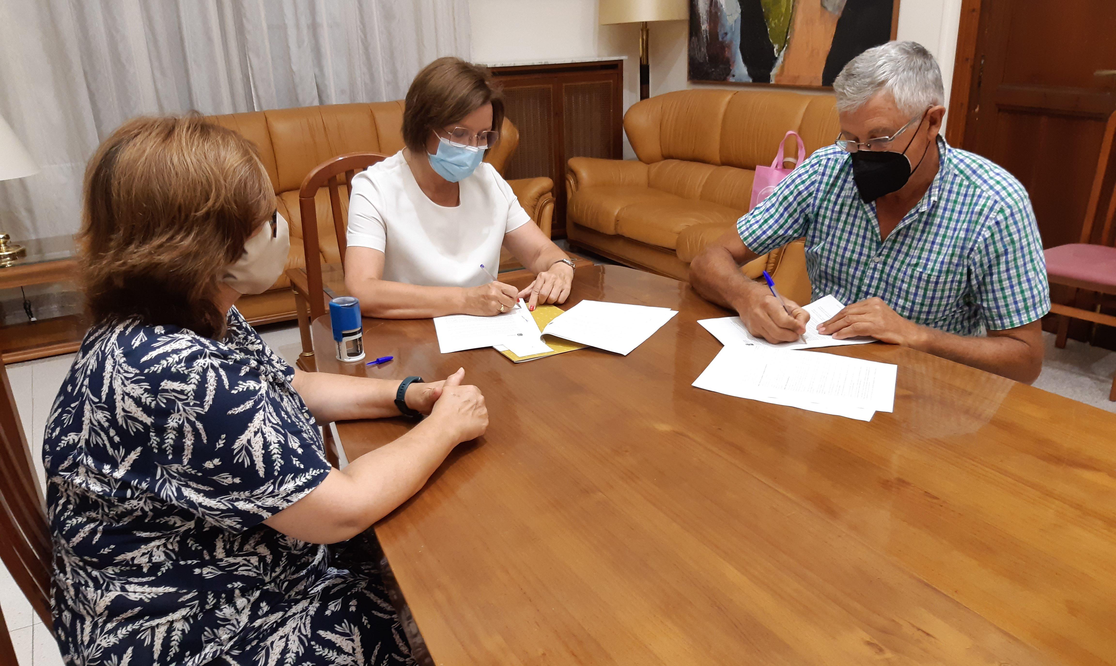 L'Ajuntament de Benicarló renova el conveni amb el Consell Regulador de la Carxofa