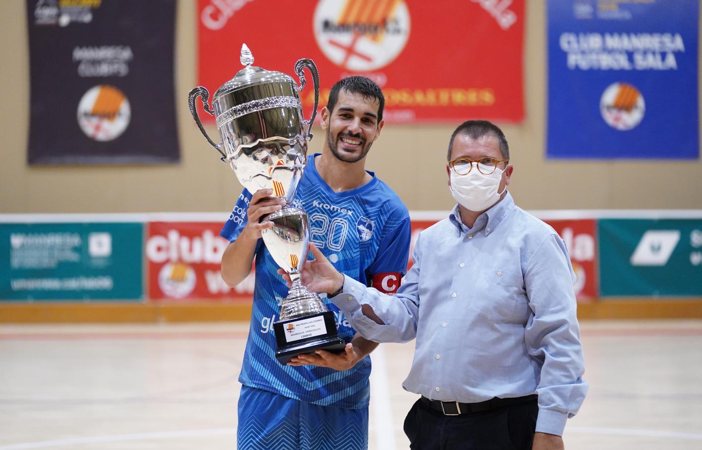 El Peníscola Globenergy guanya el Trofeu 'Les Codines' en imposar-se al Manresa FS (3-8)