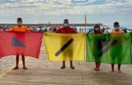 Banderesadaptades a les persones daltòniques per a les platges de Benicarló