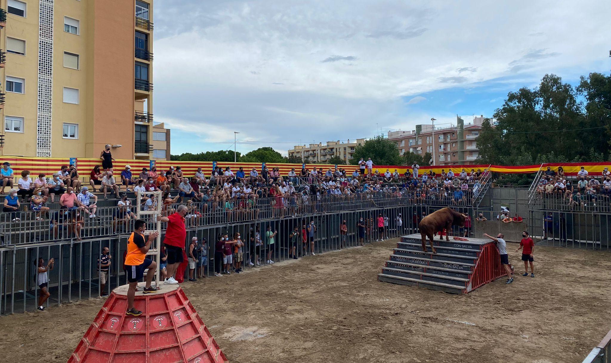 La Festa Taurina de Peníscola recapta 6.310 euros per a la Creu Roja