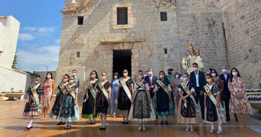 Peníscola celebra l'Ofrena Floral en honor a la Verge de l'Ermitana