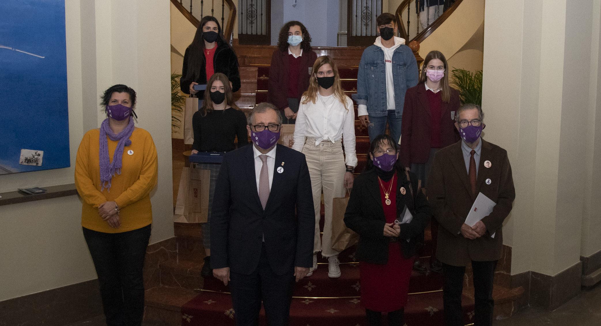 Diputació convoca un concurs de microrelats amb motiu del Dia Internacional contra la Violència de Gènere